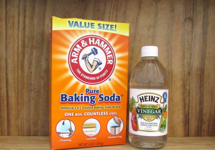 Unblock with Baking Soda and Vinegar