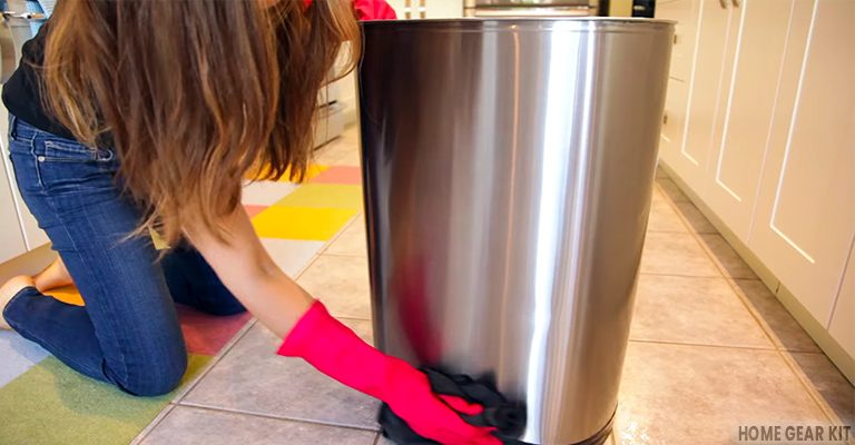 How to Clean Garbage Cans