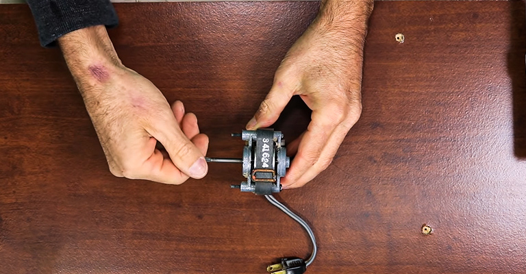 How to Replace Bathroom Fan Motor