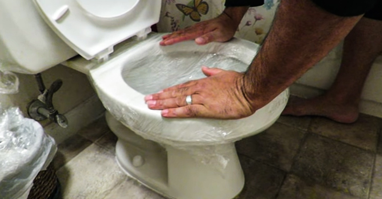 How to Unclog A Toilet With Saran Wrap